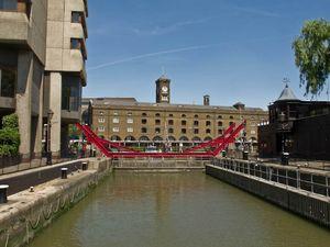 St Katharine Docks (2)
