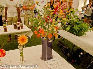 Flowers and chutney
