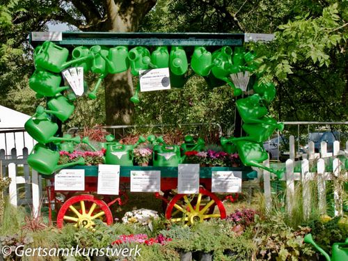 Watering cans for Alzheimers