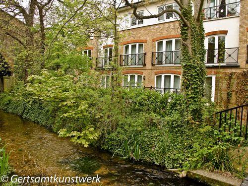 Riverside flats