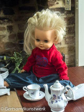 Doll & coffee set