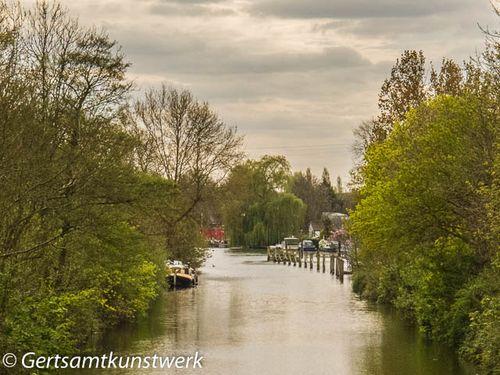 Sunbury lock weir