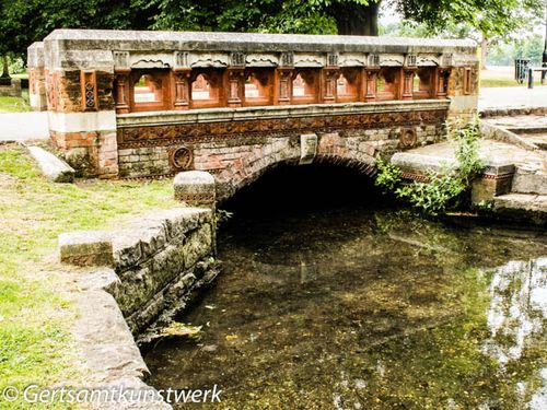 Terracotta bridge