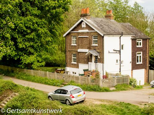 Sunbury lock keeper's house
