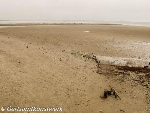 Sand and mist
