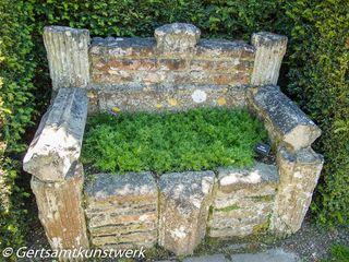 Grassy seat