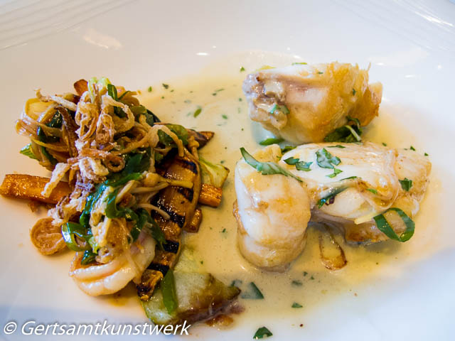 Cornish monkfish with Thai spices, ginger and prawns