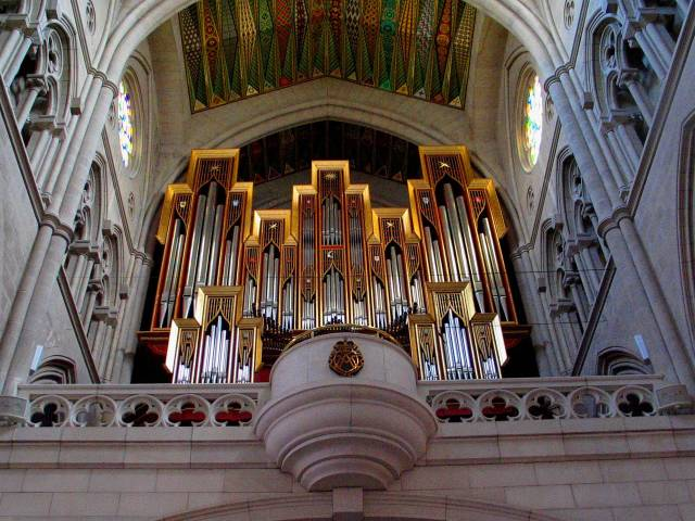 Organ loft
