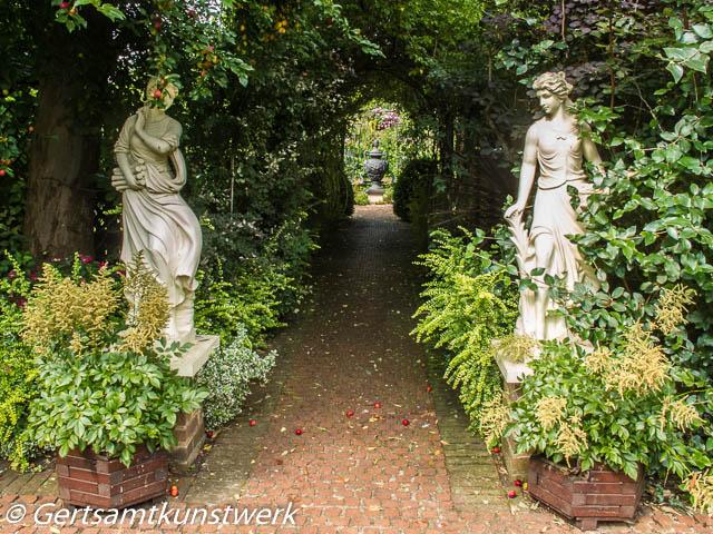Bowered pathway