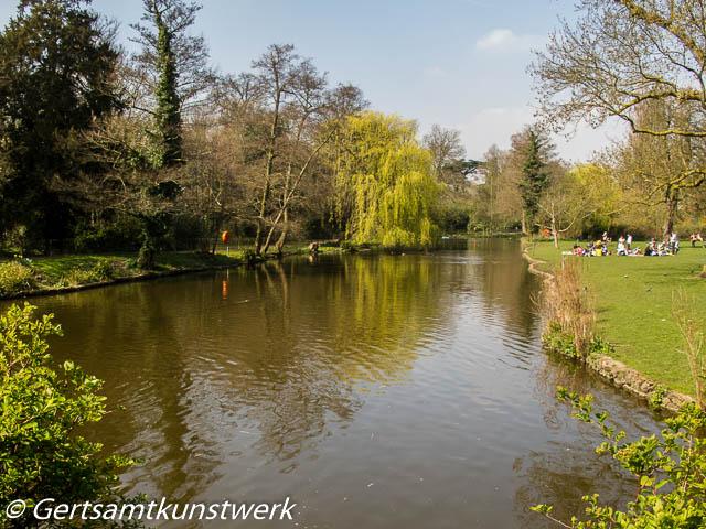 Chiswick House lake