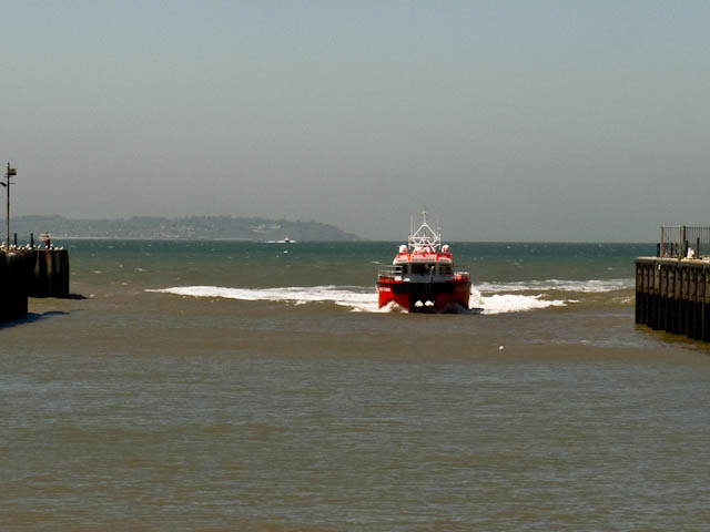 Approaching harbour
